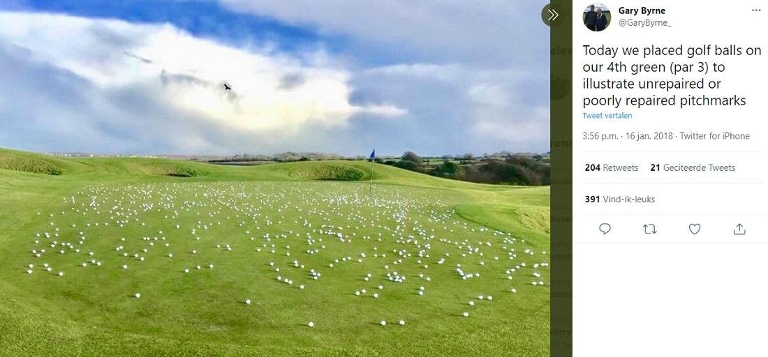 golfballs on green